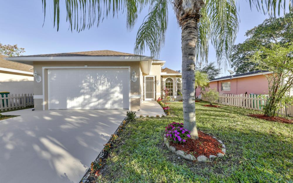 727 110th Ave N, Naples - Home For Sale 1117005130