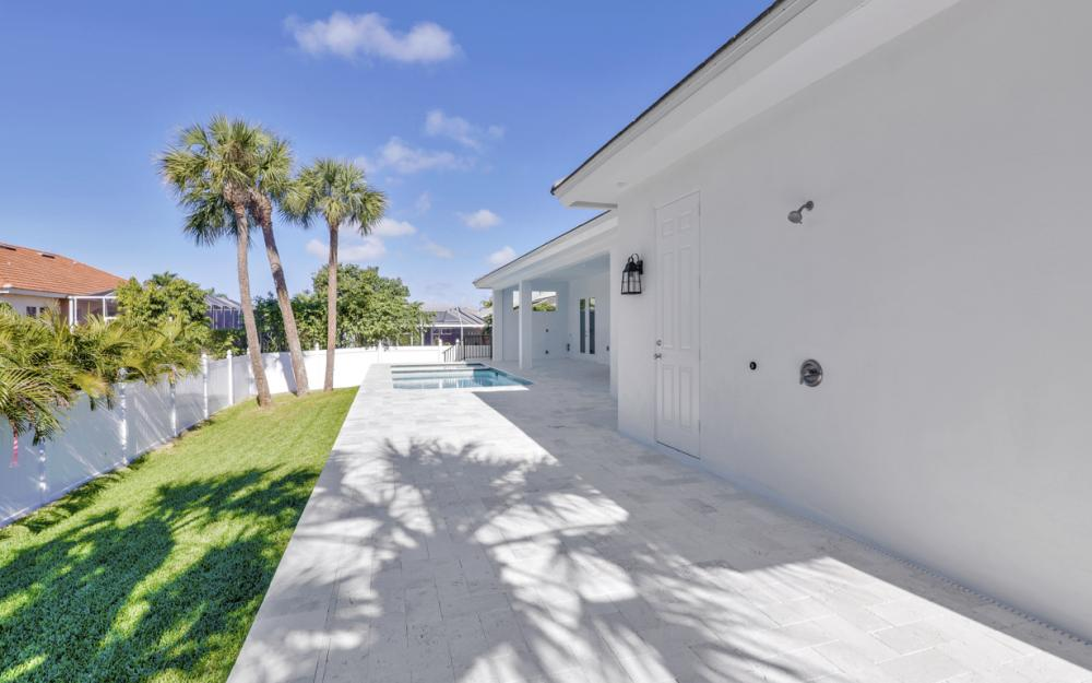 190 Beachcomber St, Marco Island - Home For Sale 1264610301