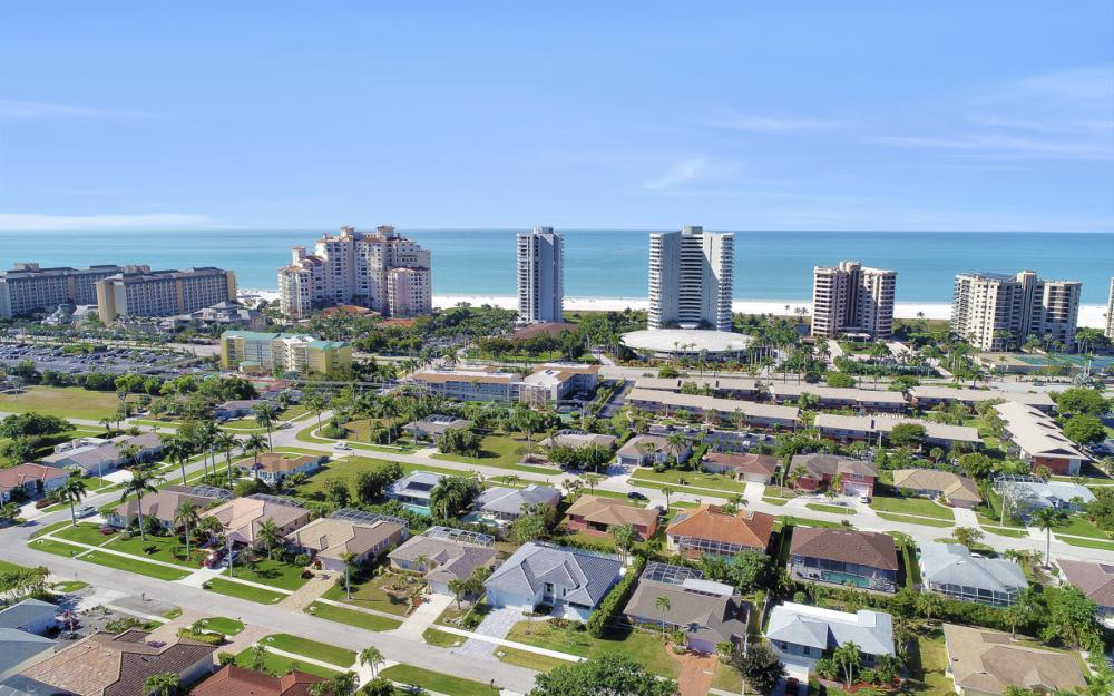190 Beachcomber St, Marco Island - Home For Sale 720999365