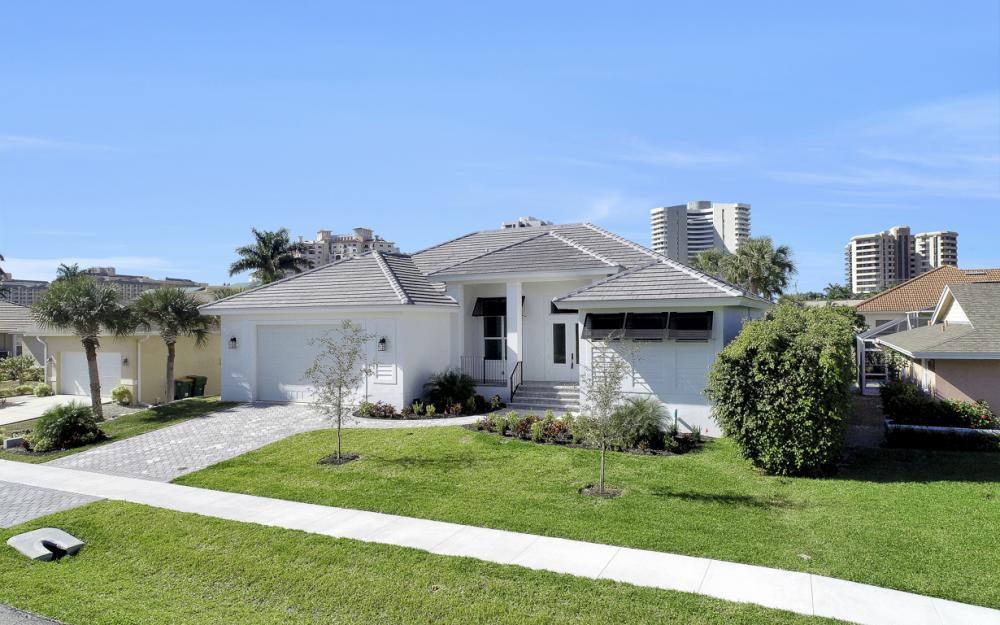 190 Beachcomber St, Marco Island - Home For Sale 259938974