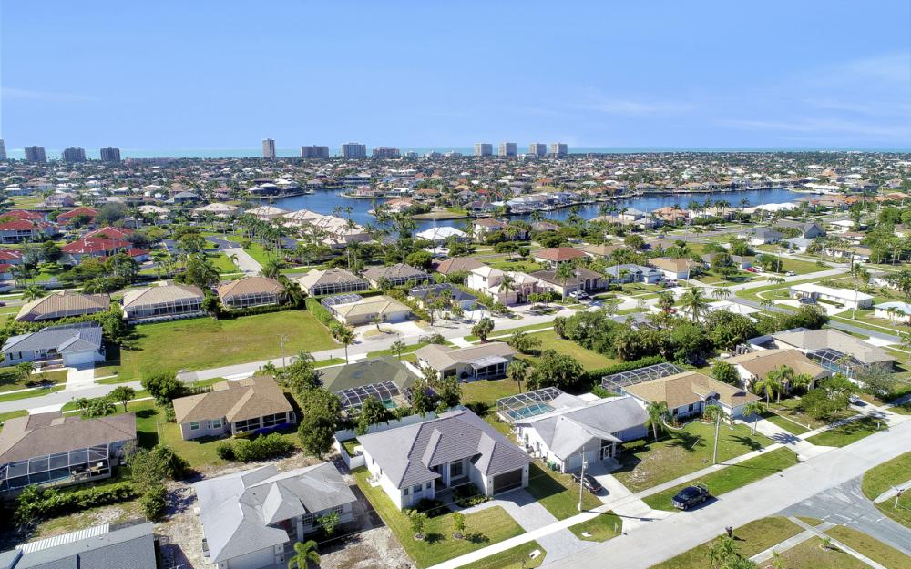 230 Bermuda Rd, Marco Island - Home For Sale 715189589