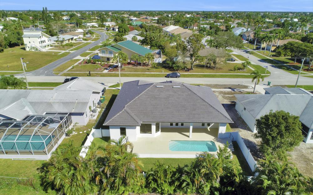 230 Bermuda Rd, Marco Island - Home For Sale 1774772260