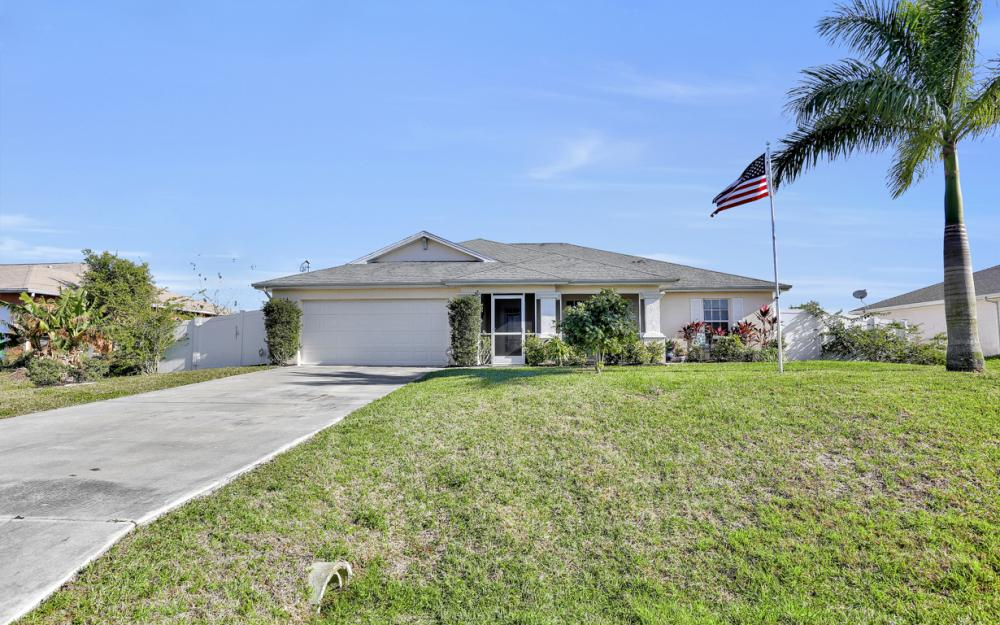 2829 NW 4th Ave, Cape Coral - Home For Sale 432591412