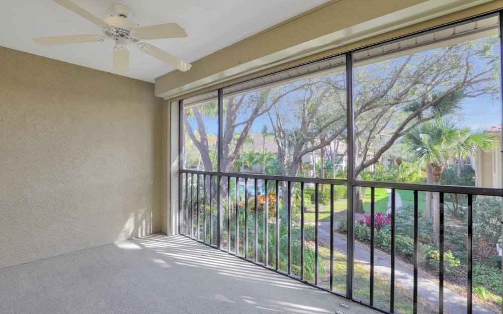 4160 Sawgrass Point Dr #204, Bonita Springs - Condo For Sale 1015438372