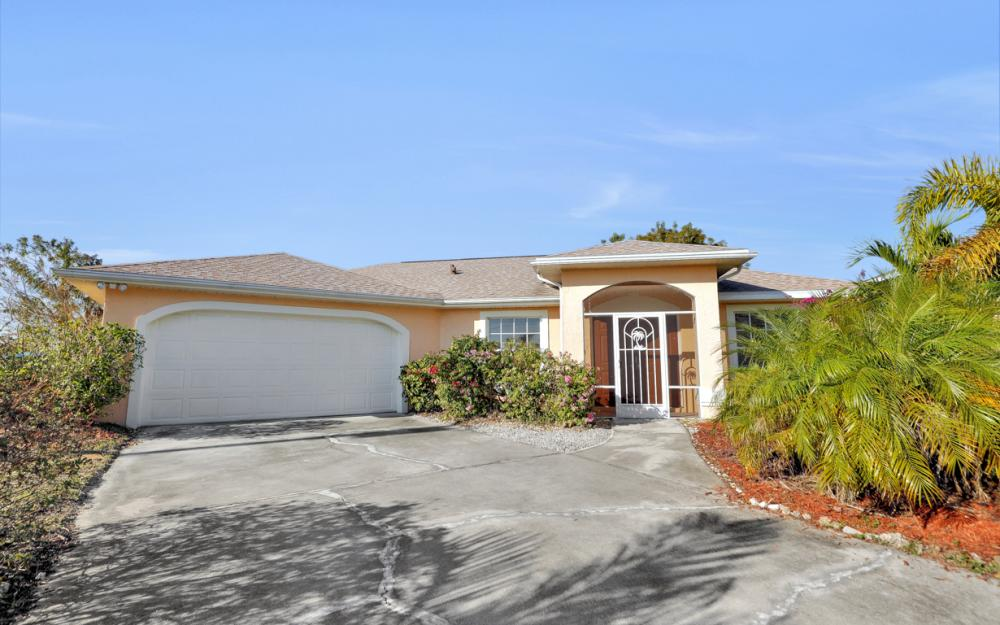 427 NW 8th Ter, Cape Coral - Home For Sale 1948526841