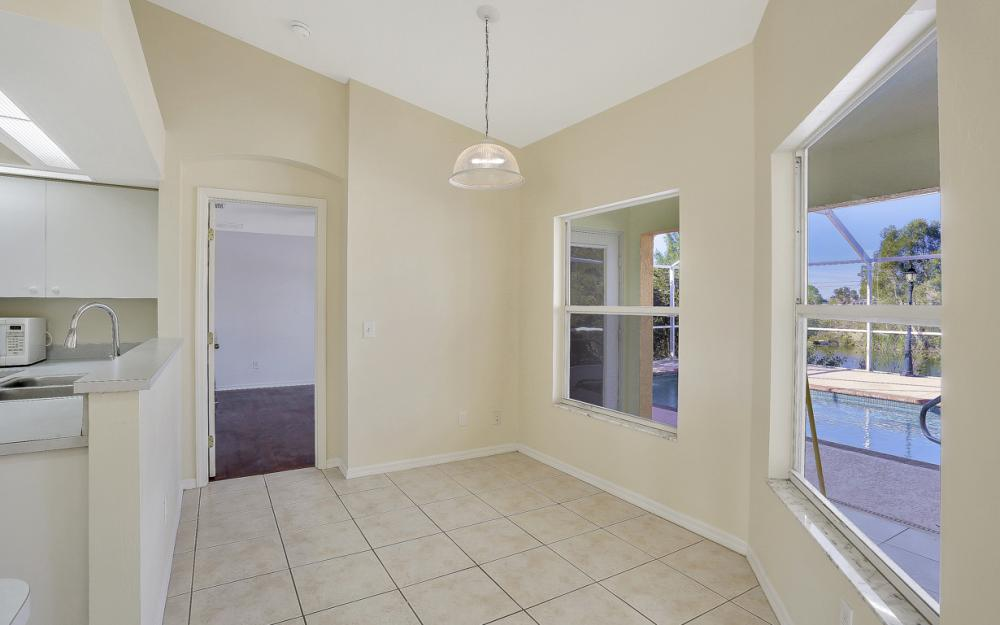 427 NW 8th Ter, Cape Coral - Home For Sale 2140156354
