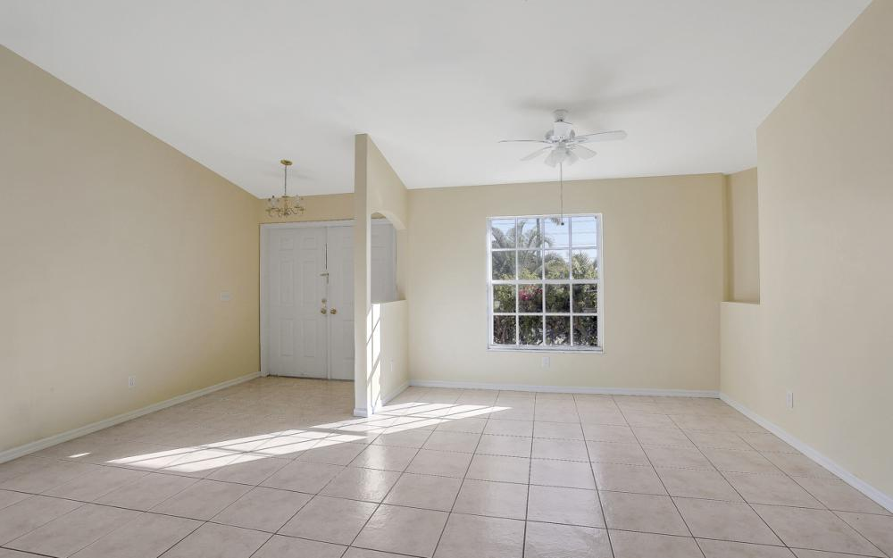 427 NW 8th Ter, Cape Coral - Home For Sale 1993832883