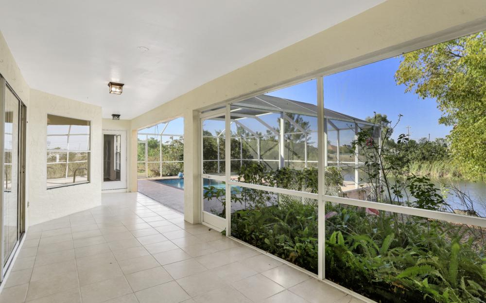 427 NW 8th Ter, Cape Coral - Home For Sale 2029729514