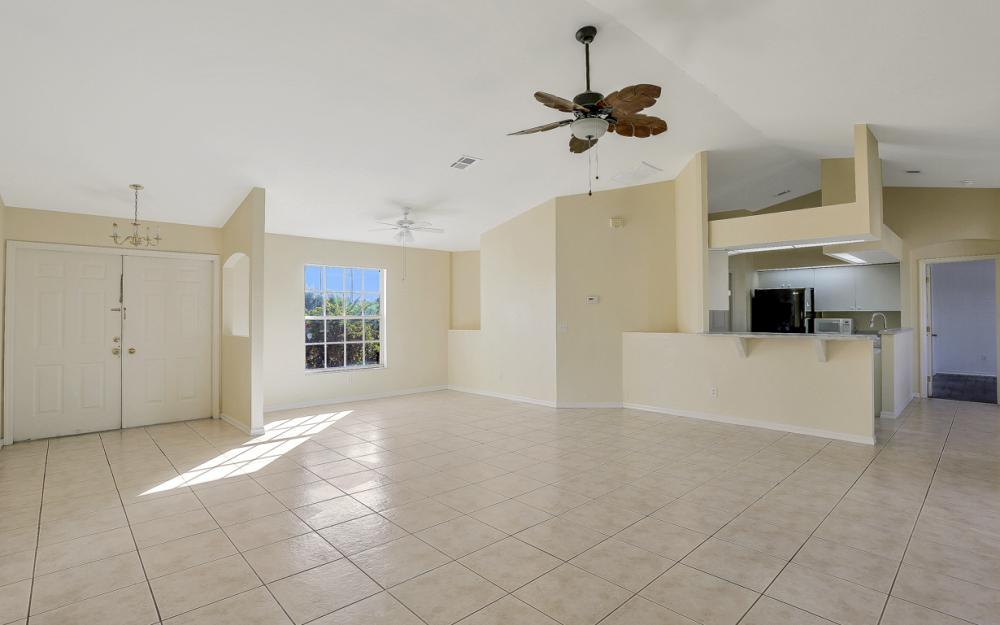 427 NW 8th Ter, Cape Coral - Home For Sale 1384561712