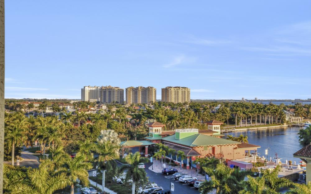 5781 Cape Harbour Dr #702, Cape Coral - Condo For Sale 1417971093