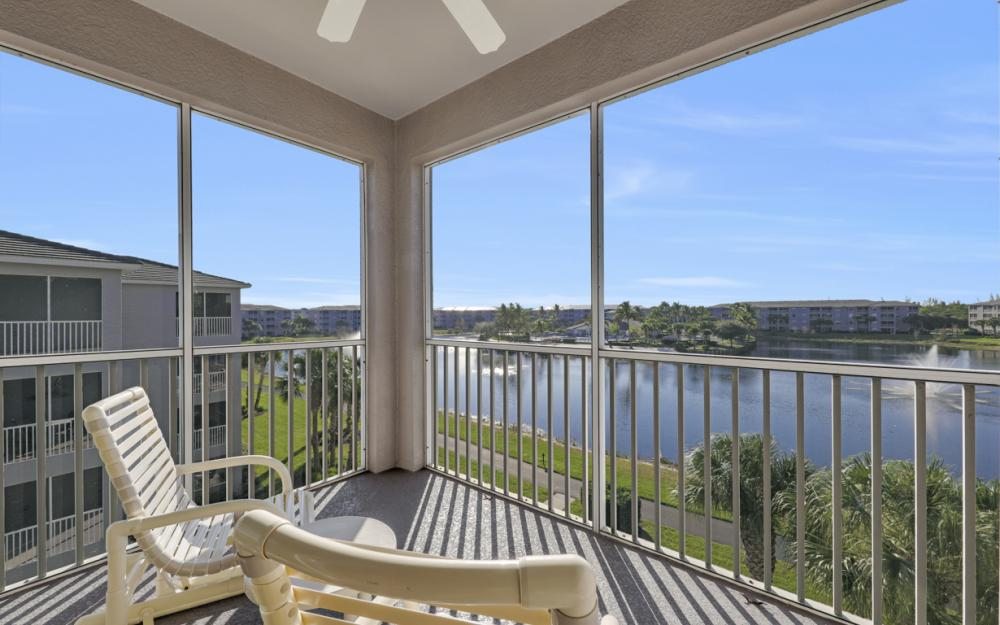 16635 Lake Circle Dr #641, Fort Myers - Condo For Sale 75486015