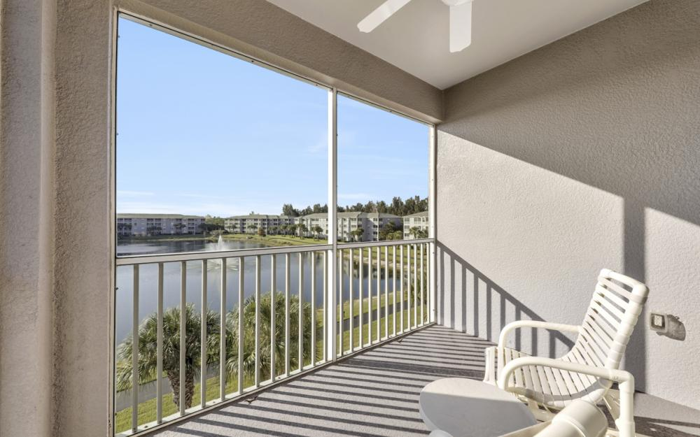 16635 Lake Circle Dr #641, Fort Myers - Condo For Sale 1452384714