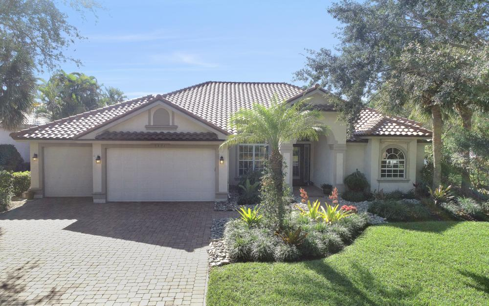 9881 Clear Lake Cir, Naples - Home For Sale 1278819455