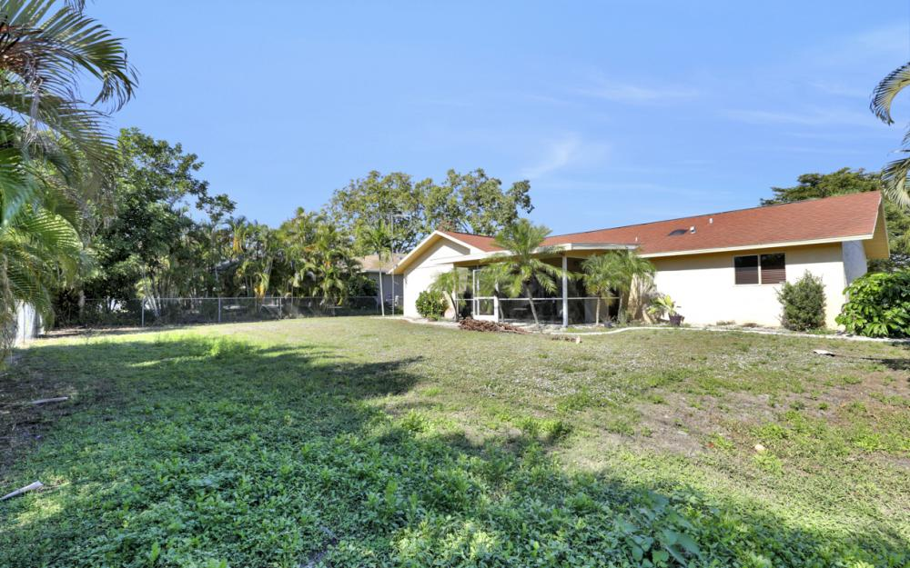 606 Gleason Pkwy, Cape Coral - Home For Sale 782359607