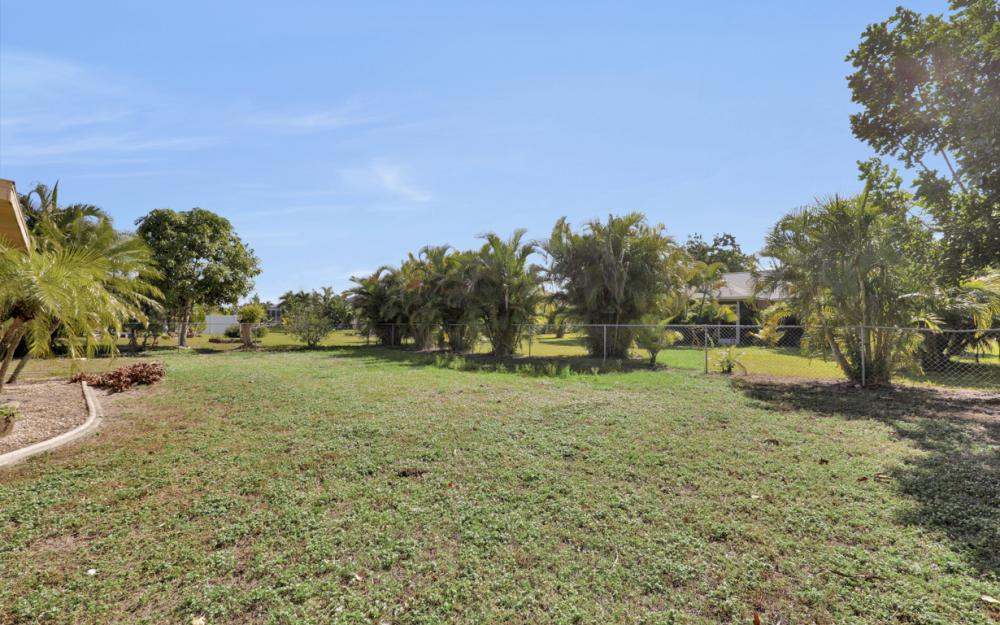 606 Gleason Pkwy, Cape Coral - Home For Sale 357981247