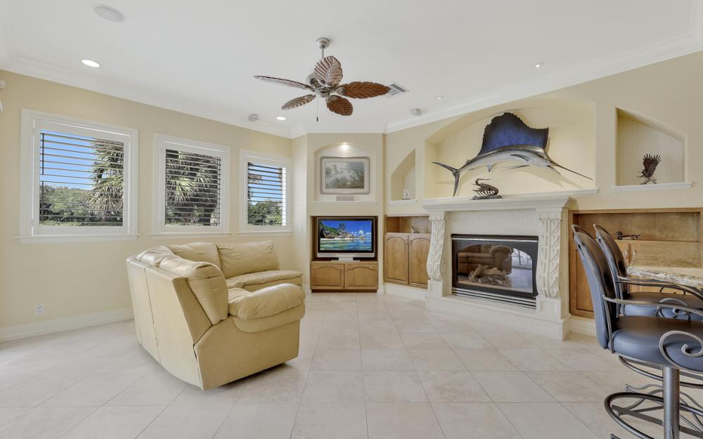 12570 Vittoria Way, Fort Myers - Home For Sale 126361360