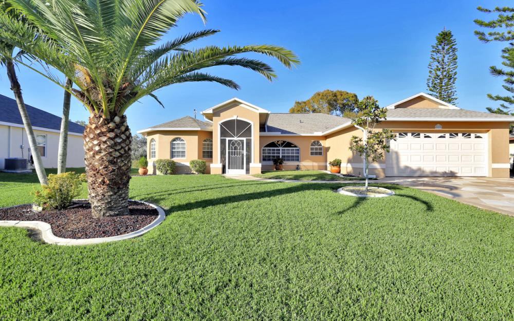 213 SW 43RD ST, Cape Coral - Home For Sale 864023139