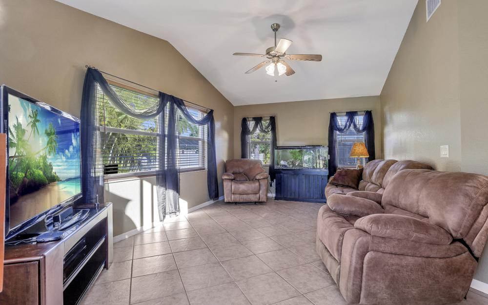 213 SW 43RD ST, Cape Coral - Home For Sale 1214453735