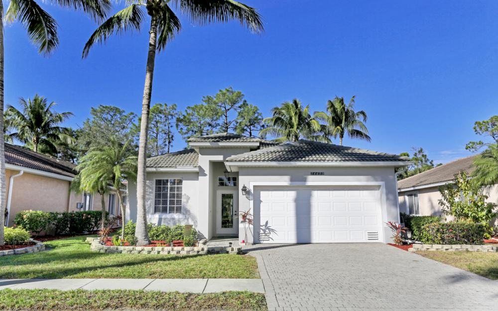 14453 Reflection Lakes Dr,  Fort Myers - Home For Sale 1949842562