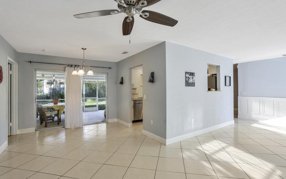 919 Dean Way, Fort Myers - Home For Sale 1359381543
