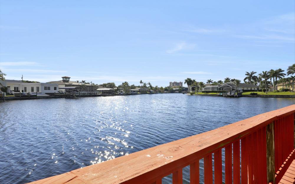 1702 SW 53rd Ln, Cape Coral - Home For Sale 37682799