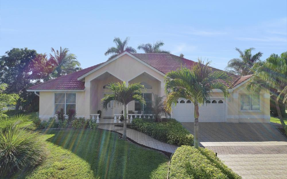 1702 SW 53rd Ln, Cape Coral - Home For Sale 1774325041