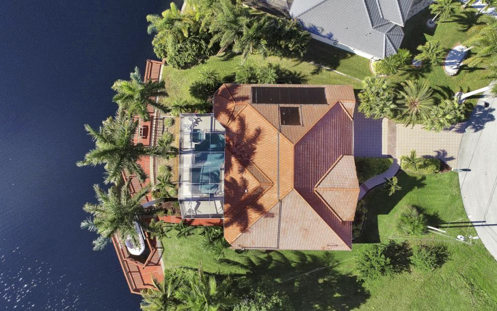 1702 SW 53rd Ln, Cape Coral - Home For Sale 1895106686