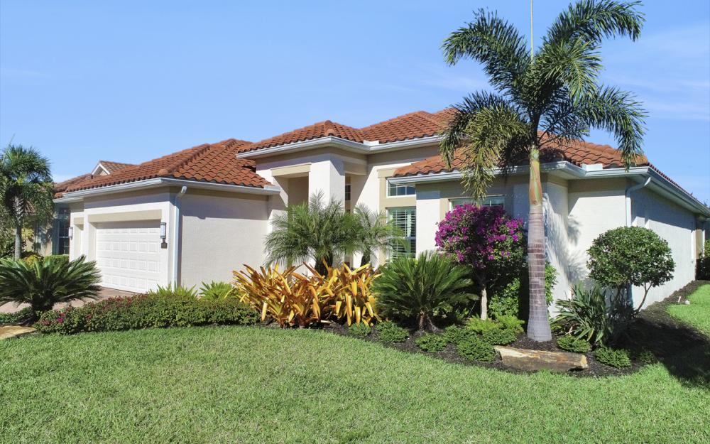 9282 Quarry Dr, Naples - Home For Sale 370240244