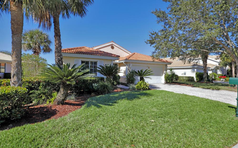 7481 Berkshire Pines, Dr Naples - Home For Sale 764319308
