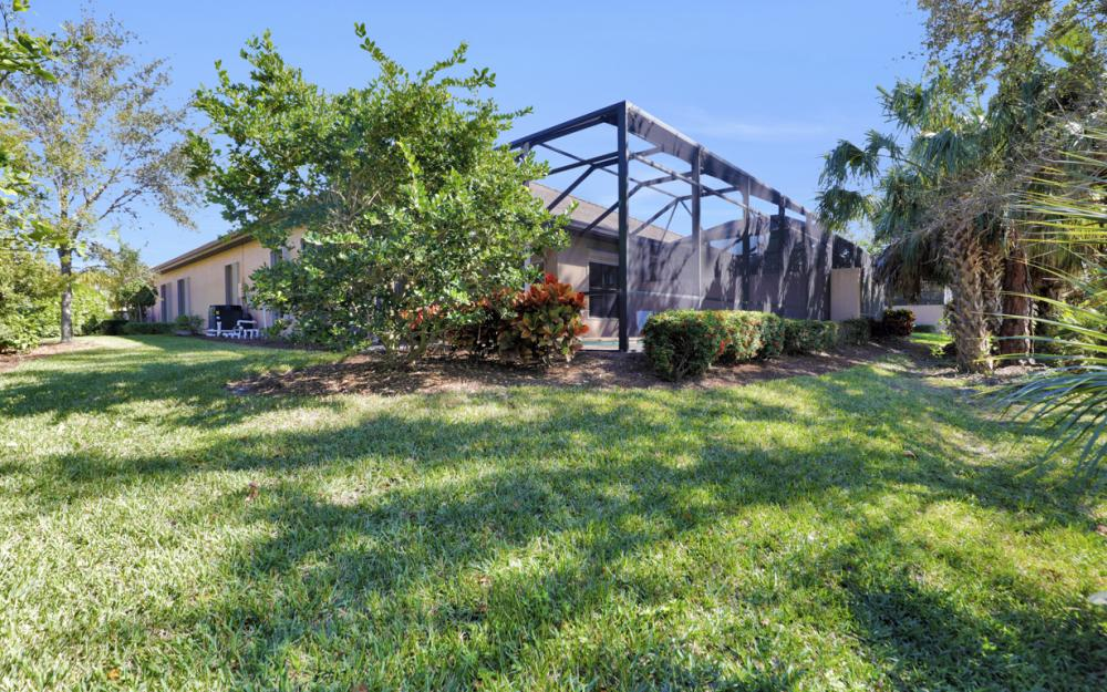 7457 Moorgate point Way, Naples - Home For Sale 1896209079