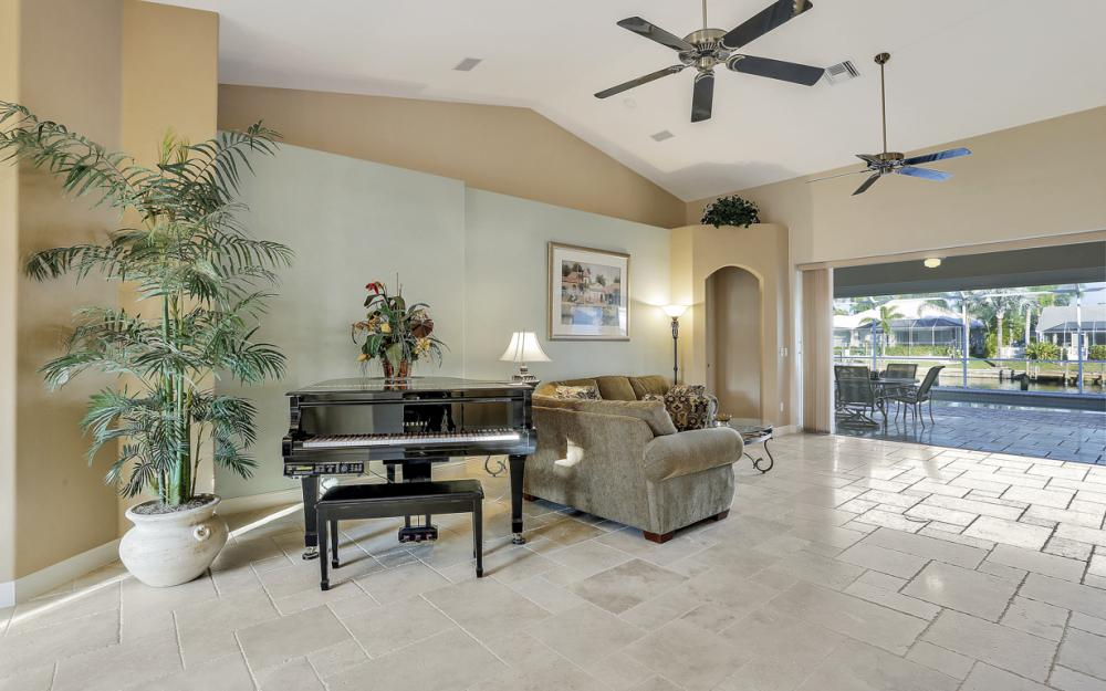 5515 SW 14th Ave, Cape Coral - Home For Sale 473202923