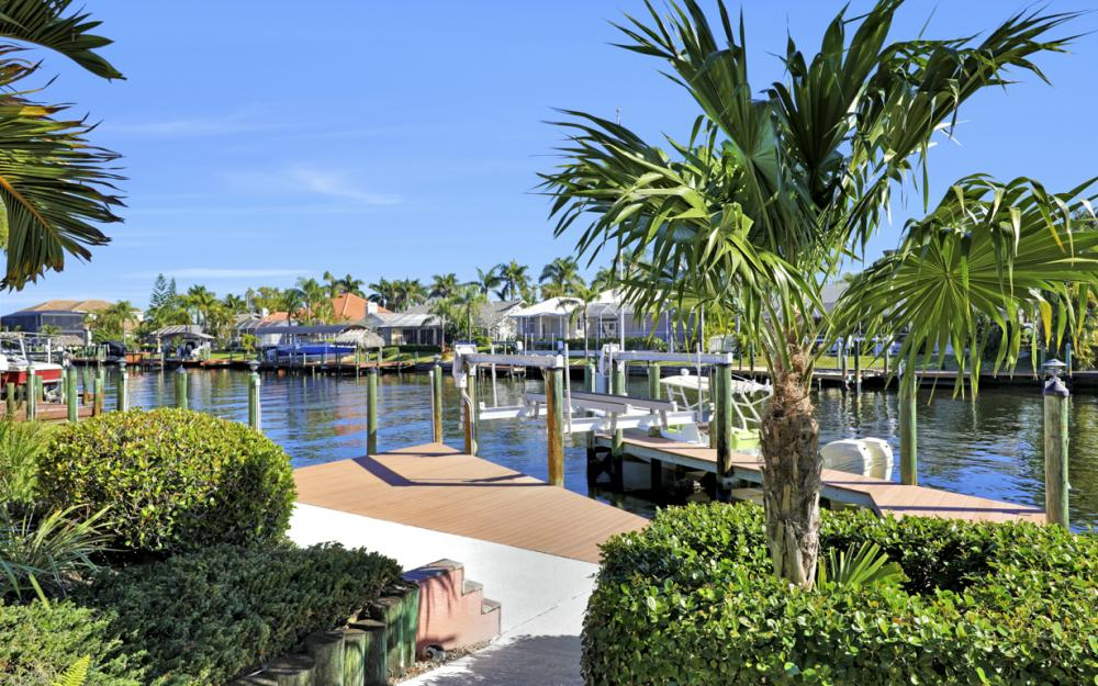 5515 SW 14th Ave, Cape Coral - Home For Sale 1033235272