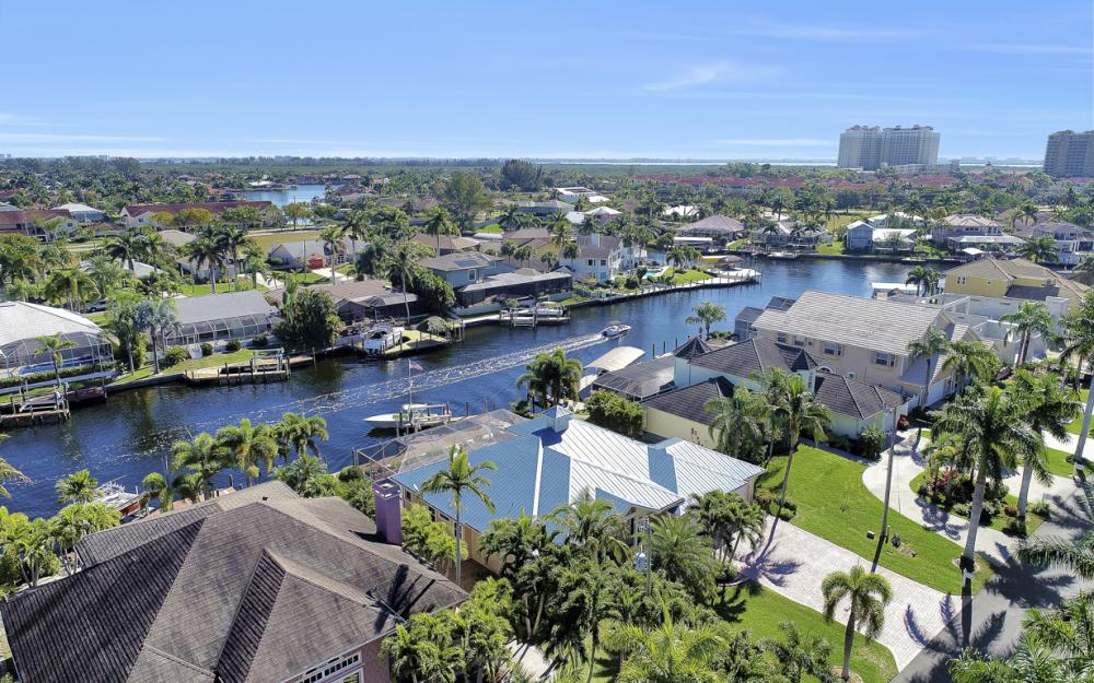 5515 SW 14th Ave, Cape Coral - Home For Sale 850291621