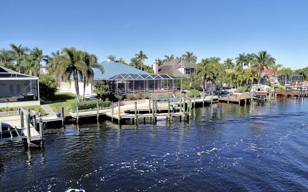 5515 SW 14th Ave, Cape Coral - Home For Sale 692937807