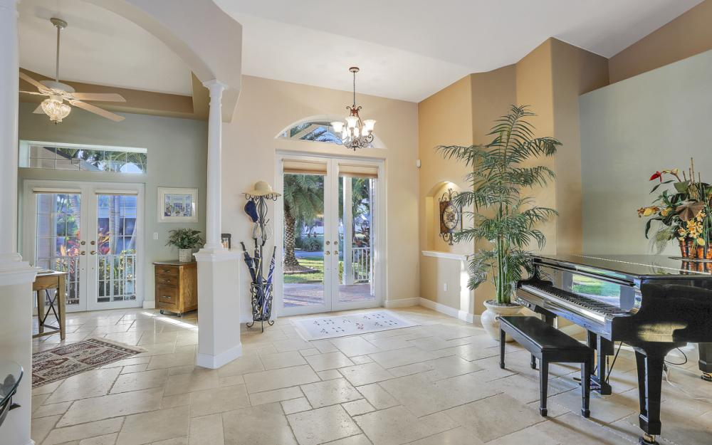 5515 SW 14th Ave, Cape Coral - Home For Sale 155853584