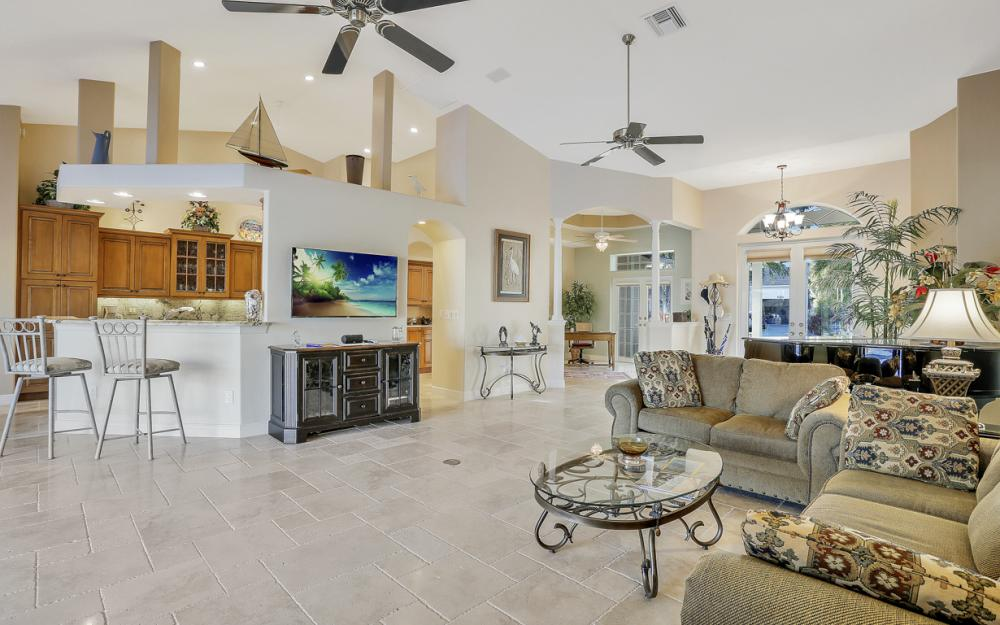 5515 SW 14th Ave, Cape Coral - Home For Sale 229327952