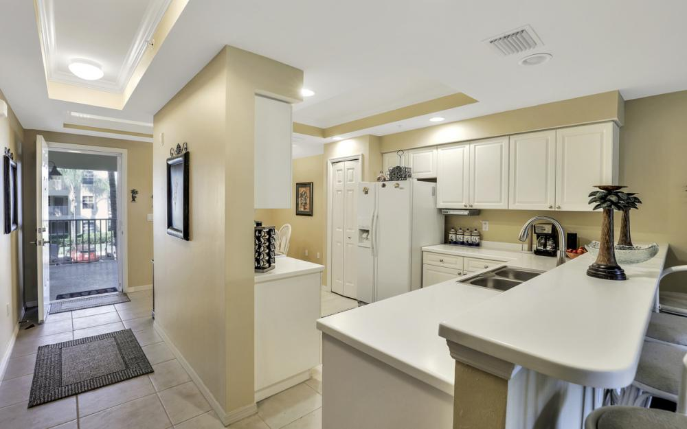 1795 Four Mile Cove Pkwy #823, Cape Coral - Condo For Sale 673431085