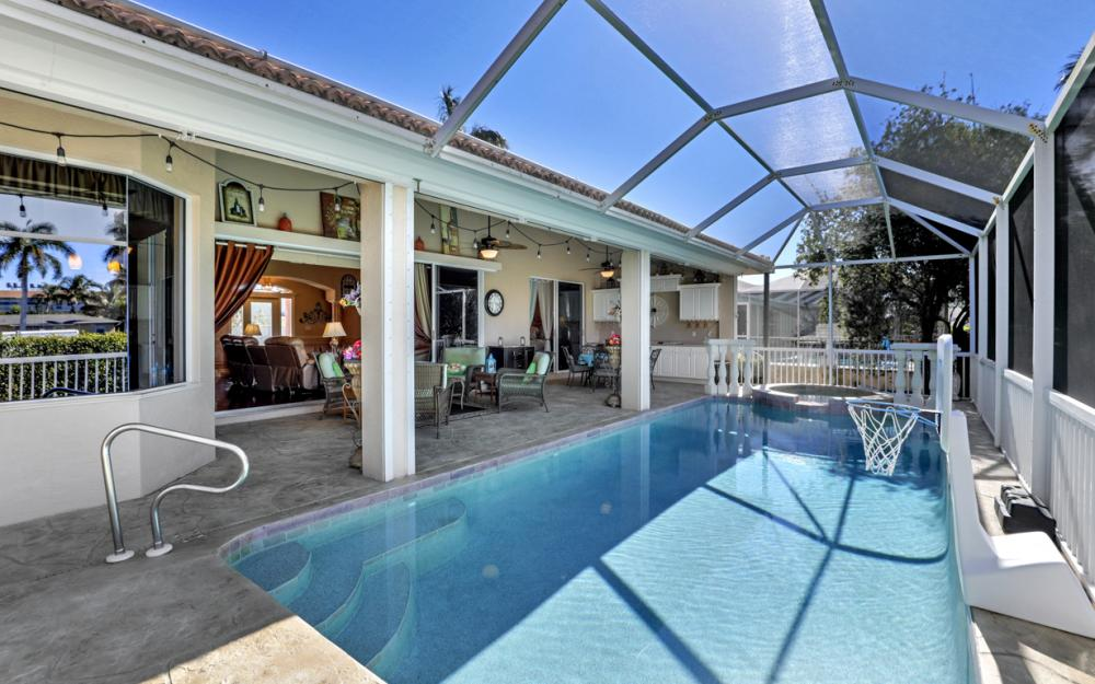 220 Beachcomber St, Marco Island - Home For Sale 861388389