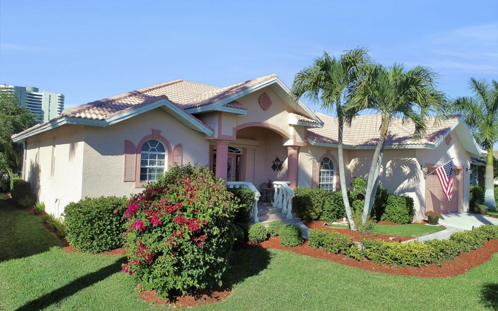 220 Beachcomber St, Marco Island - Home For Sale 275498094