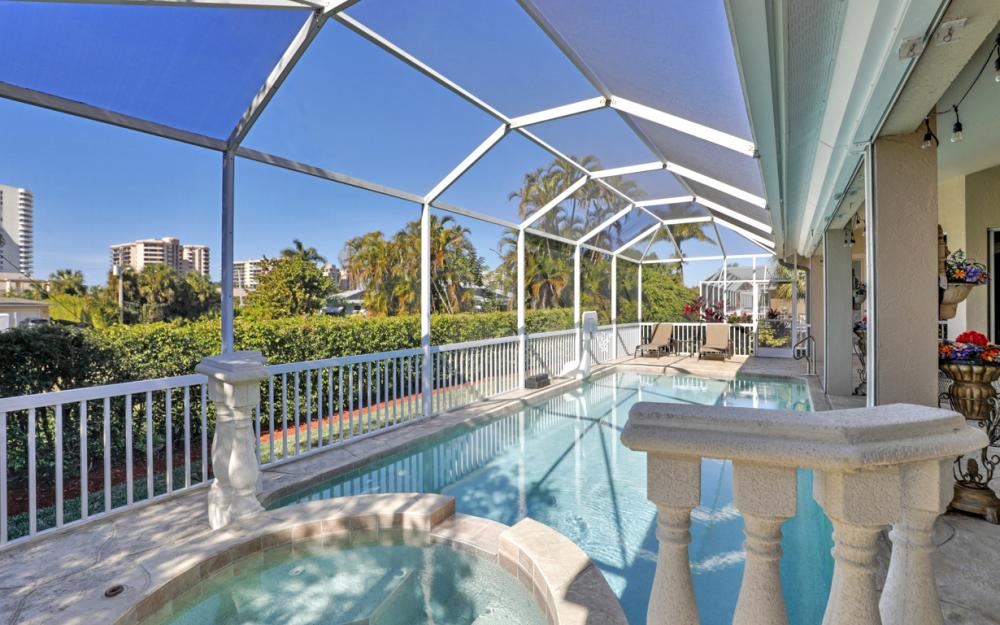220 Beachcomber St, Marco Island - Home For Sale 1189754466