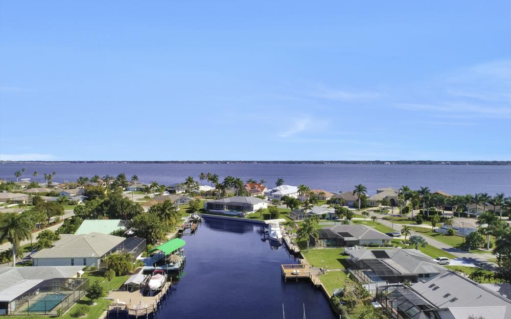 3816 SE 21st Pl, Cape Coral - Home For Sale 704816623