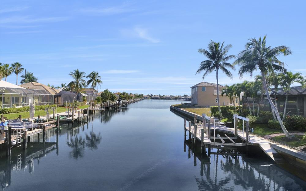 383 Wales Ct, Marco Island - Home For Sale 805730100