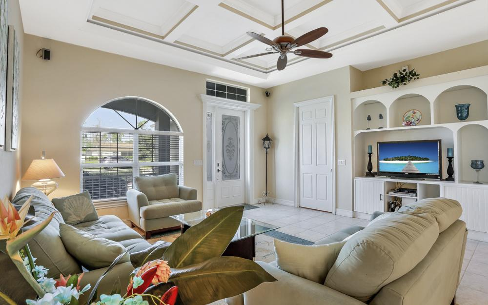 10650 Ankeny Ln, Bonita Springs - Home For Sale 584845396