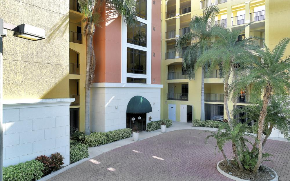 4029 SE 20th Pl #401, Cape Coral - Condo For Sale 360167085