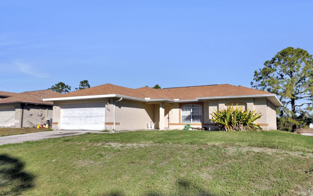 3504 30th St SW, Lehigh Acres - Home For Sale 1329738770