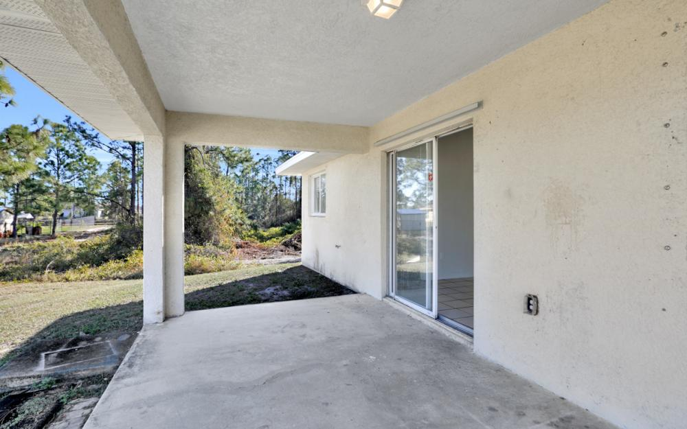 3504 30th St SW, Lehigh Acres - Home For Sale 1812006452