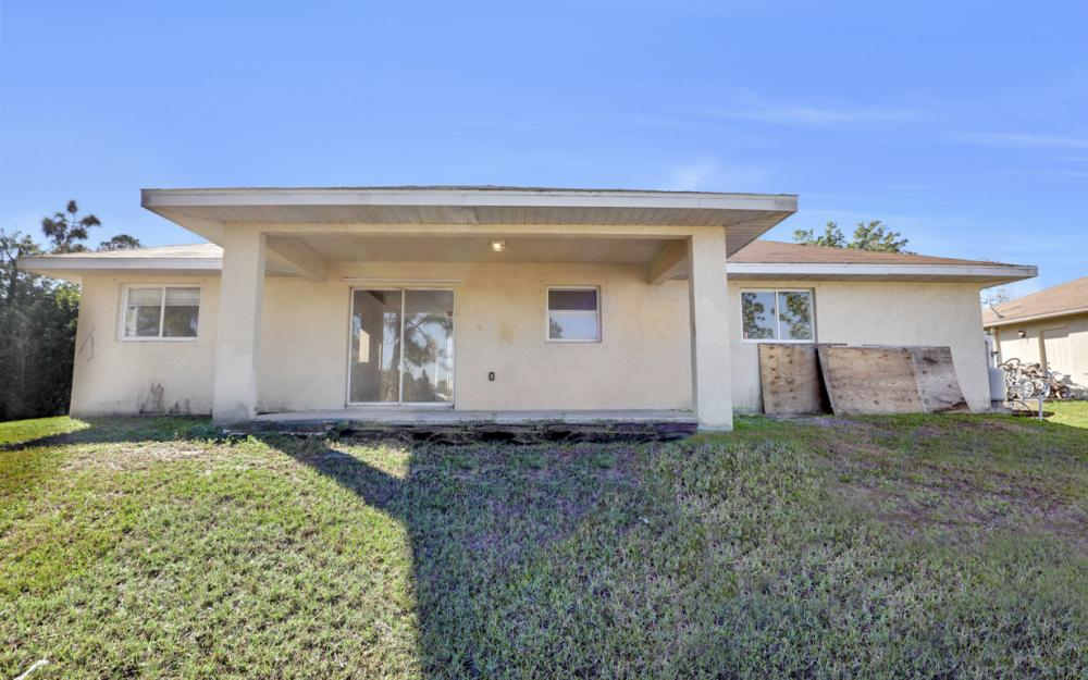 3504 30th St SW, Lehigh Acres - Home For Sale 93408065
