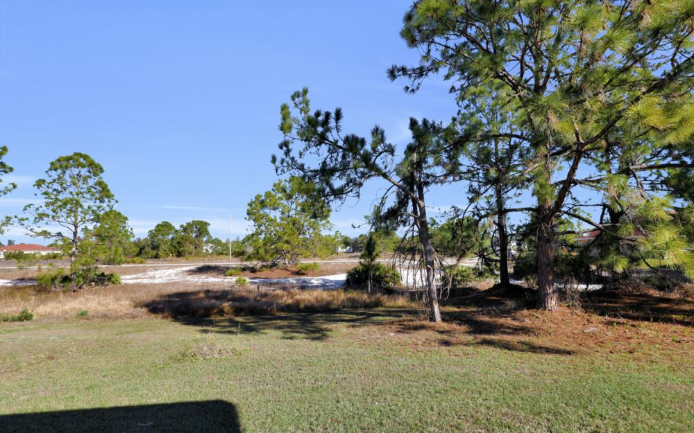 3504 30th St SW, Lehigh Acres - Home For Sale 1896260771