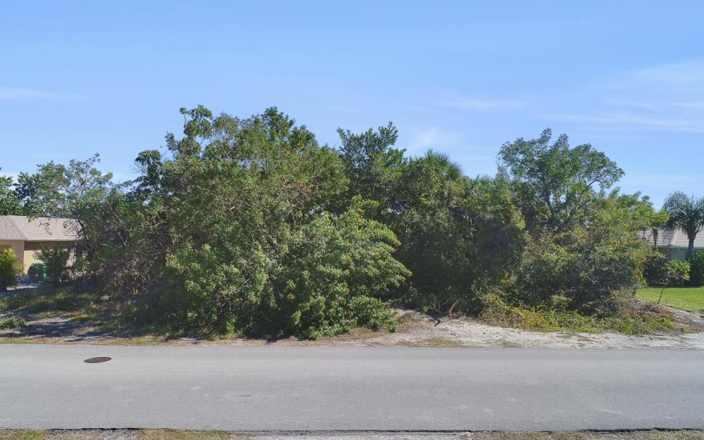 1777 Dogwood Dr, Marco Island - Lot For Sale 529669020