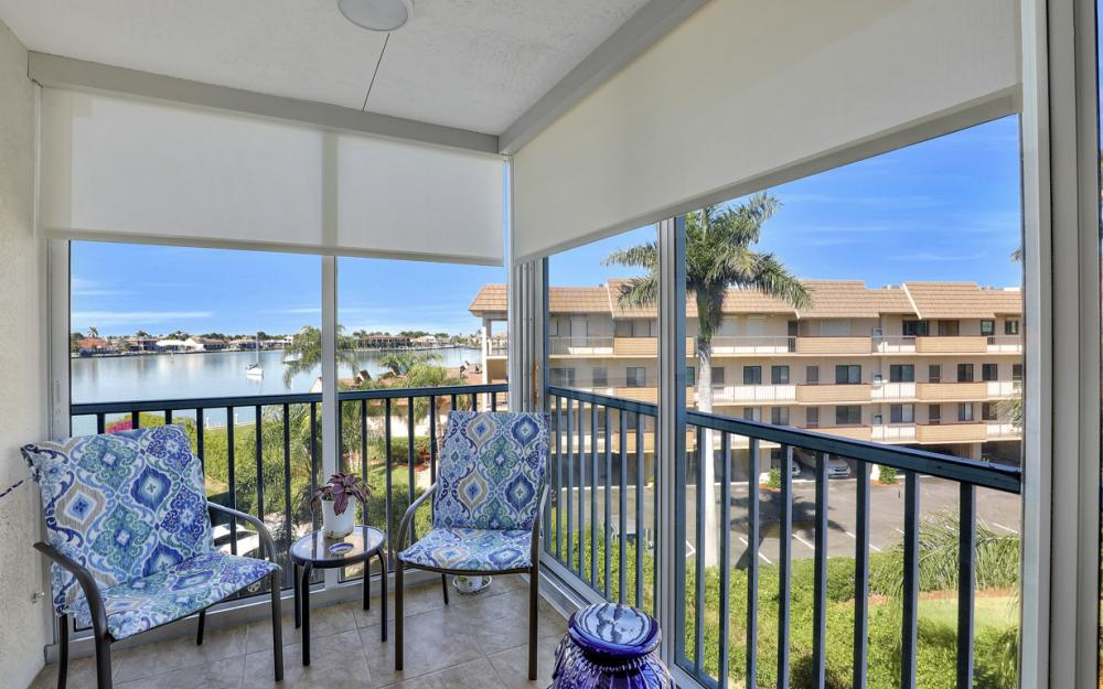 710 W Elkcam Cir #PH7, Marco Island - Condo For Sale 682671305